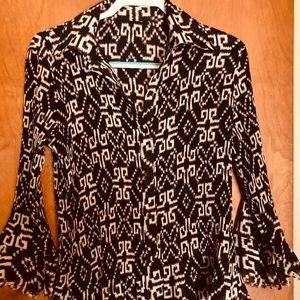 No label 3/4 printed crinkle button up Sz M